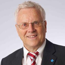 Dr. Arnulf D. Schircks